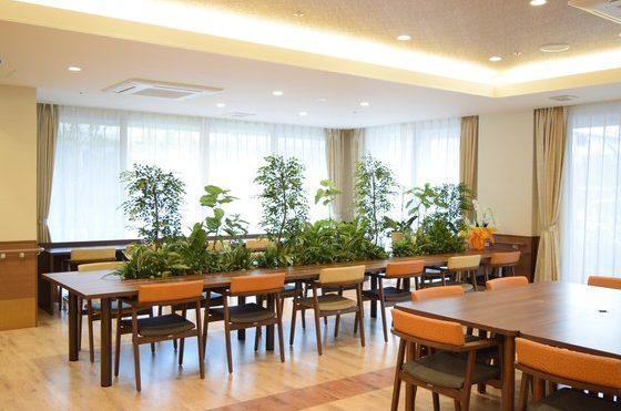 多目的ホールにもなる食堂、レクリエーションもお楽しみください。