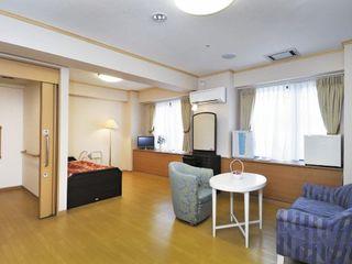 Bタイプ居室 Aタイプの介護居室を連結した2人でのご入居も可能なBタイプ居室です。ゆとりある空間が広がります。