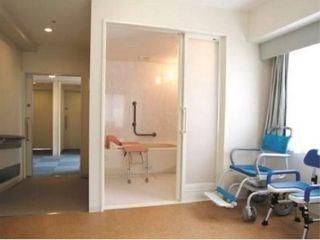 浴室 大浴場に加え、プライバシーの守れる個浴などもご用意しました。一般居室にはバスルームも付いています。