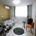 トイレ、洗面台、ナースコールなどを完備した居室は、全室個室で、プライバシーも守られます。