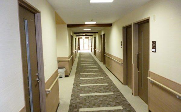 清潔感のある廊下。