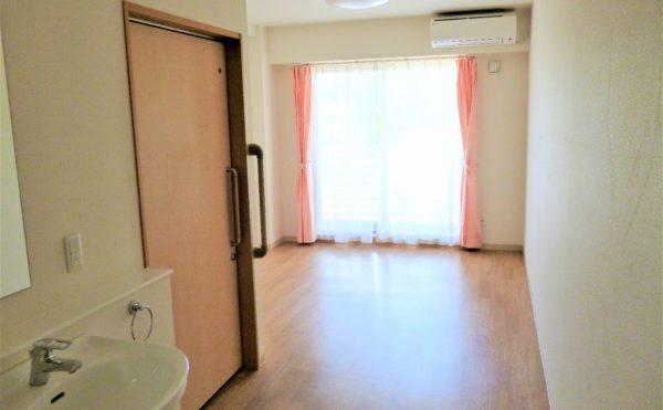広々とした居室。