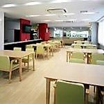 団らんやお食事の時間は、リビングでお楽しみください。広々とした開放感が魅力です。