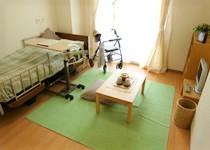 冷暖房完備のお部屋で、ご自宅同然に自分らしい生活をお過ごし下さい。