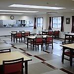 開放感があり、雰囲気の統一されたダイニングルームの様子。いつでもご利用いただけるスペースです。