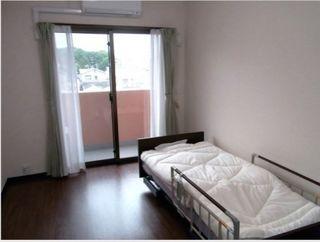 トイレ、洗面台も設置された快適な居住空間です。